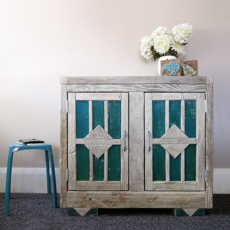 Cabinet-Lagoon-front